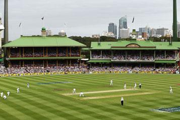 Ashes_cricket_2017-18