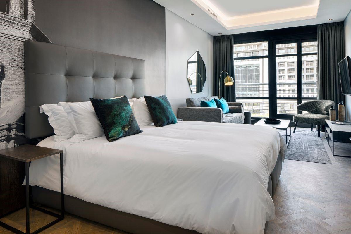 Onyxs_Hotel_CPT